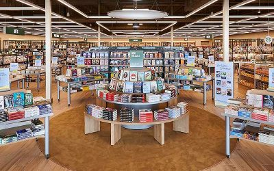 Barnes & Noble focuses on physical and local experiences to differentiate themselves from Amazon