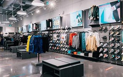 Foot Locker announces outstanding revenue and year-over-year income for Q2