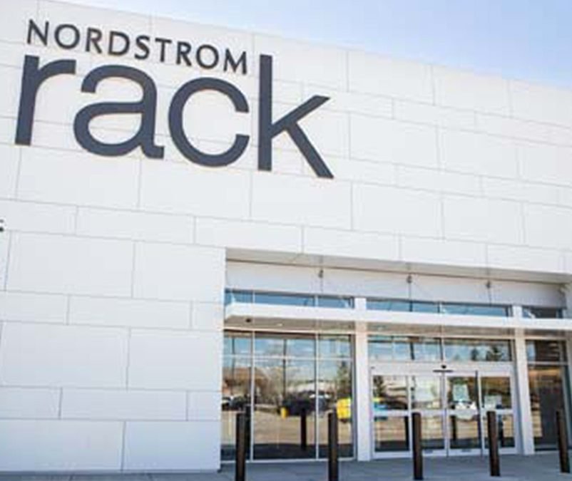 Nordstrom reports holiday sales, indicates online relying on physical stores