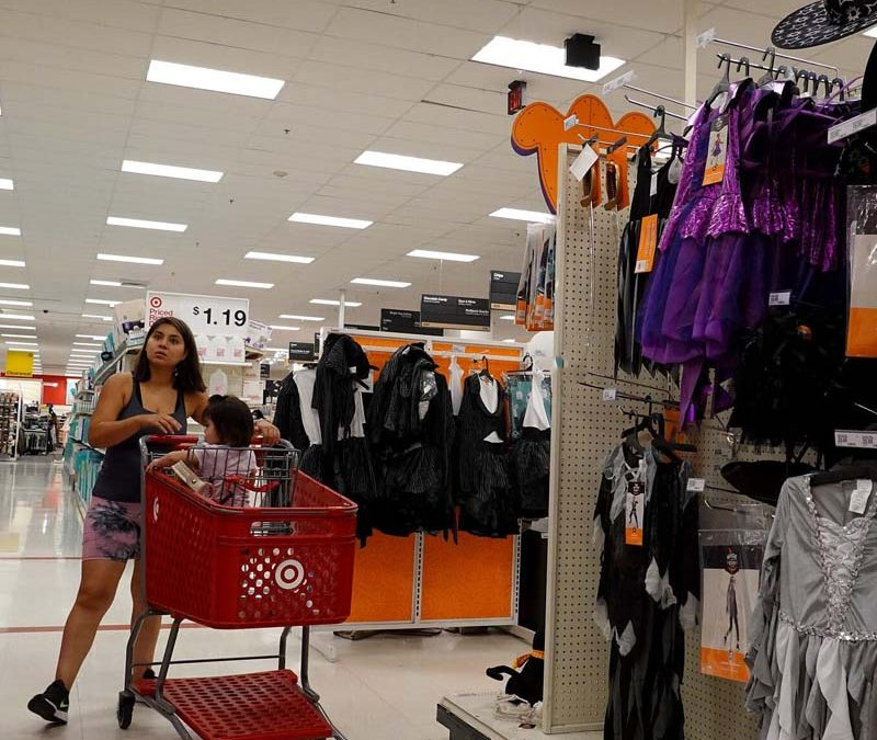 Retail sales grow in September, as consumer spending increases and prices rise